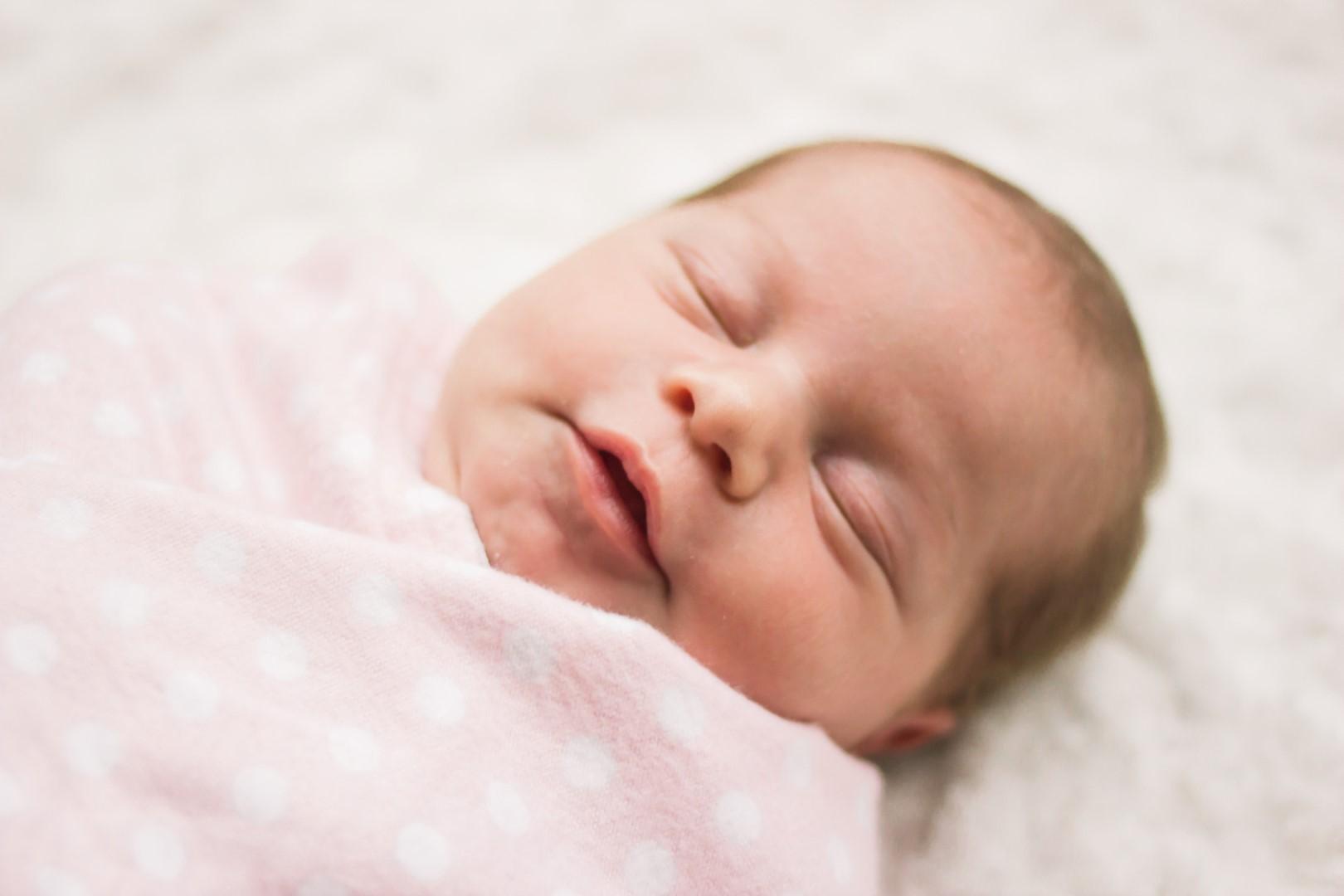 emma-newborn-session-01